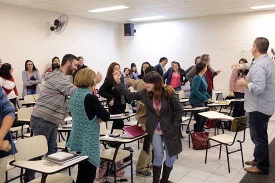 Os desafios do docente em sala de aula é tema de palestra para estudantes de Letras