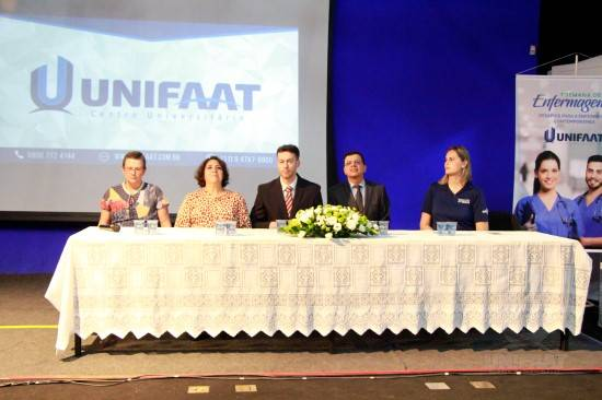 UNIFAAT comemora primeira Semana de Enfermagem