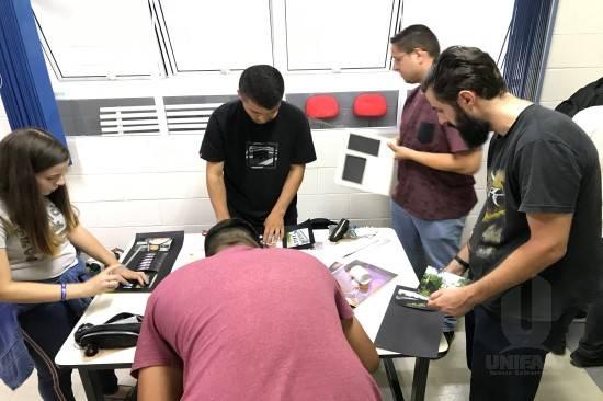 "Alunos de Jornalismo inauguram Mostra Fotojornalística ""Janela Aberta"""