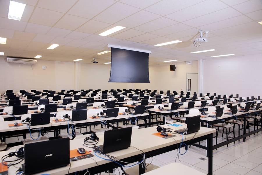 Sala de aula informatizada