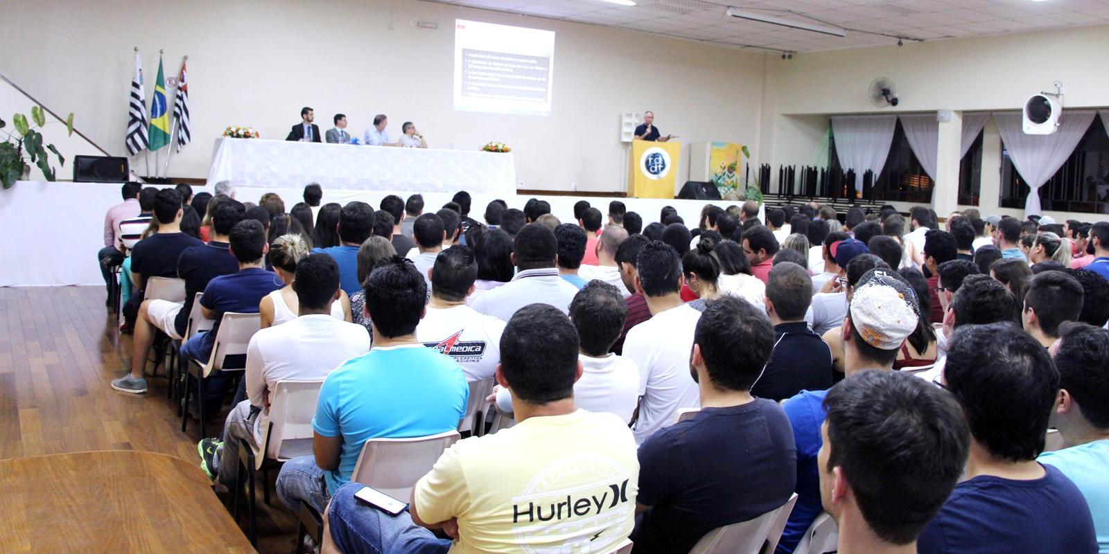 Semana das Engenharias reúne palestras e competições técnicas dos cursos