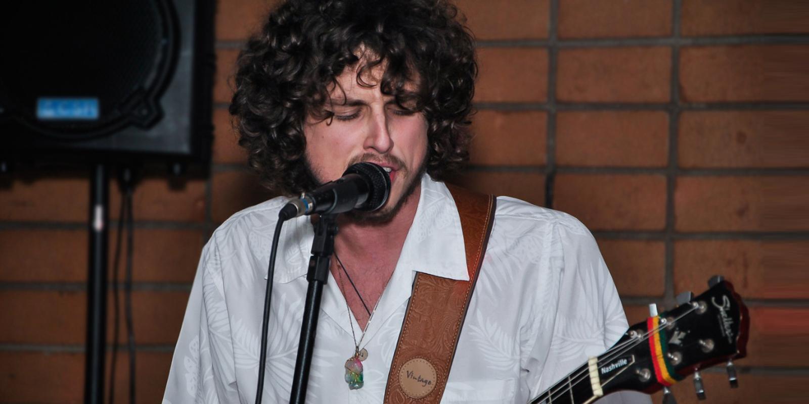 Quarta Cultural apresenta o cantor Giancarlo Di Francesco