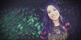 Primeira Quarta Cultural de 2019 recebe a cantora Sarah Andrade