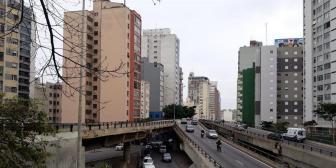 Acadêmicos de Arquitetura e Urbanismo realizam estudo de campo no Elevado Presidente João Goulart
