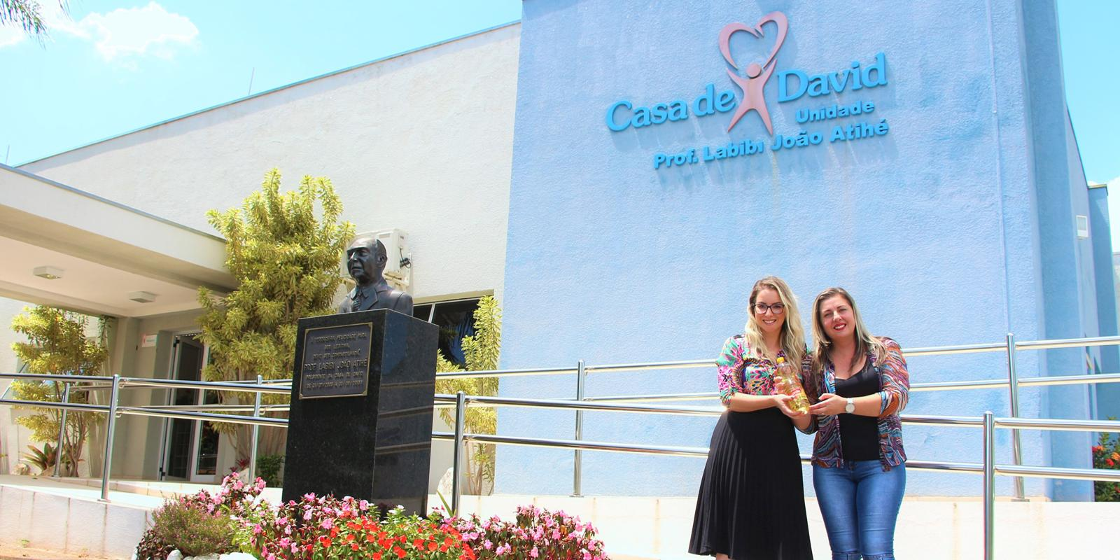 UNIFAAT realiza entrega de donativos para a Casa de David