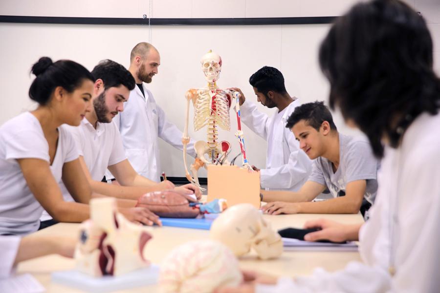 MEC autoriza lançamento do curso de Enfermagem da UNIFAAT
