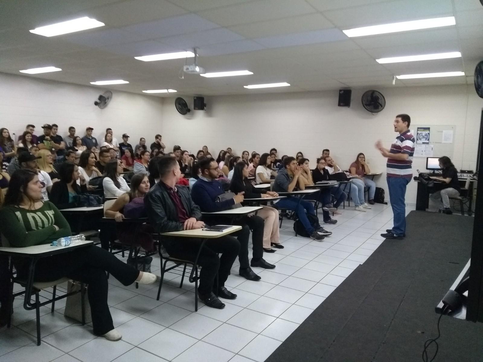 A Comissão Própria de Avaliação da UNIFAAT contou com importante participação dos alunos