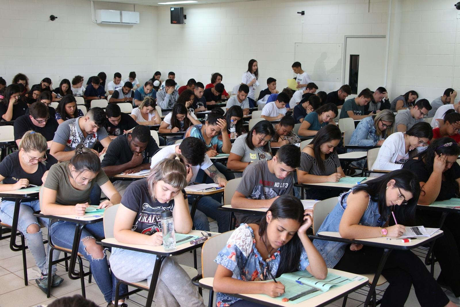 Sucesso do Vestibular 2019 do Centro Universitário UNIFAAT comprova excelência educacional