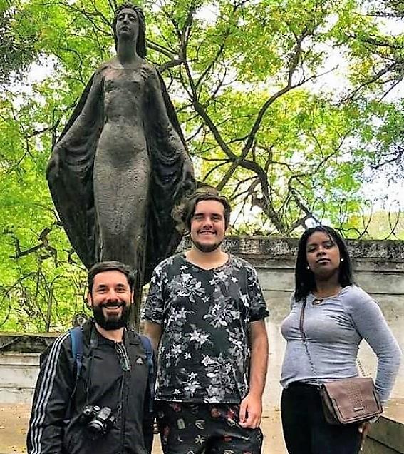 Alunos de Artes Visuais participam de atividade cultural em São Paulo