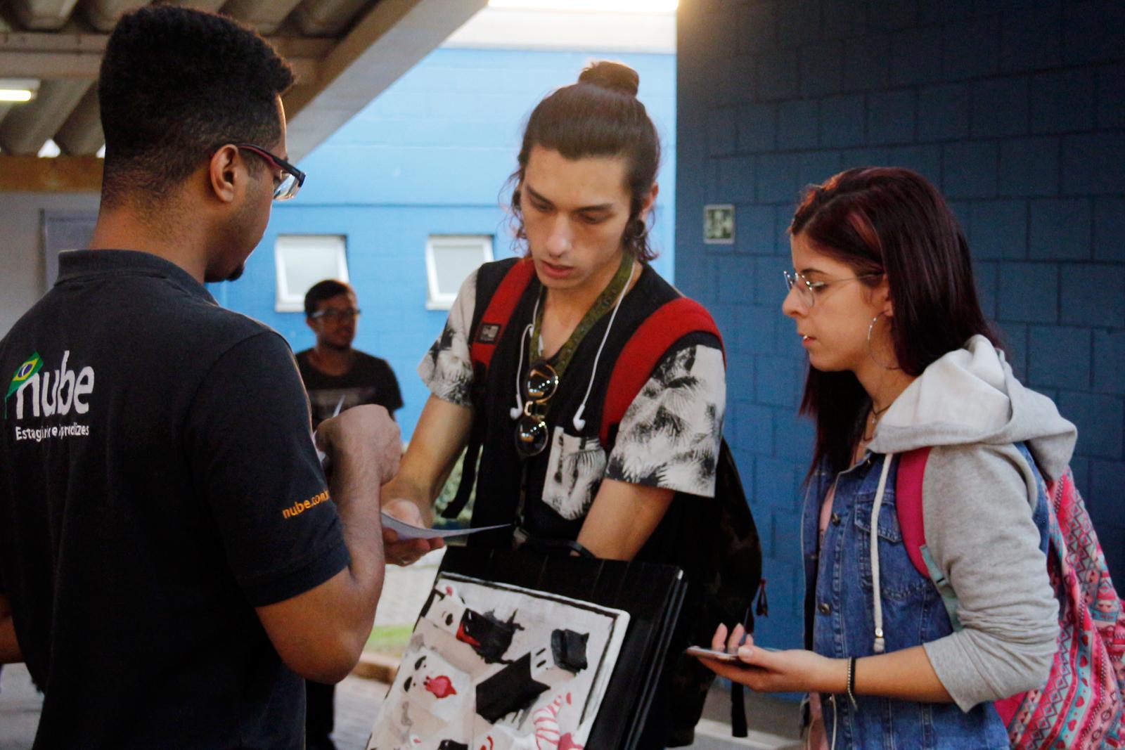 Estudantes puderam se cadastrar para oportunidades de estágio e aprendizagem