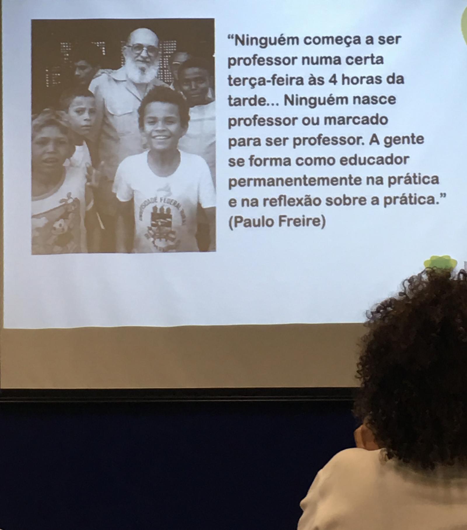 Alunos de Letras participam de palestra sobre metodologias ativas