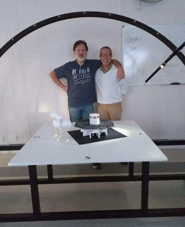 Alunos de Arquitetura e Urbanismo realizam trabalhos com equipamentos de ventilação e iluminação