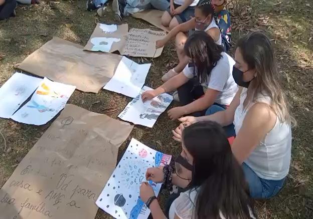Alunos do Programa Residência Pedagógica realizam Passeio Pedagógico pela Paz